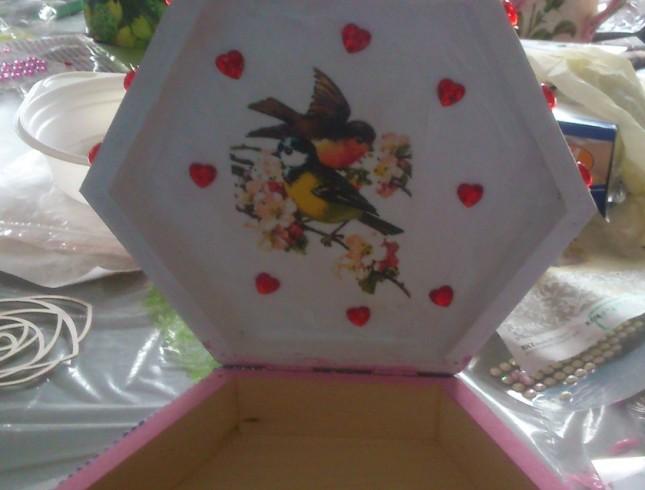 warsztaty decoupage'u pudełko z ptaszkiem