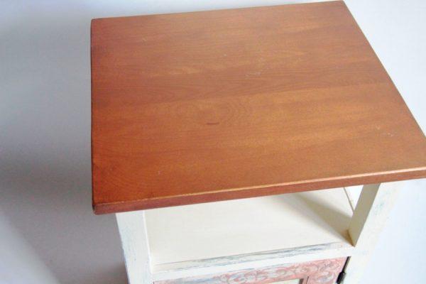 drewniana szafka nocna vintage